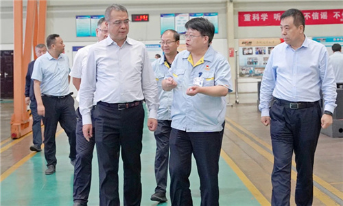 宝鸡市市长杨广亭到宝鸡w88网站手机版集团调研